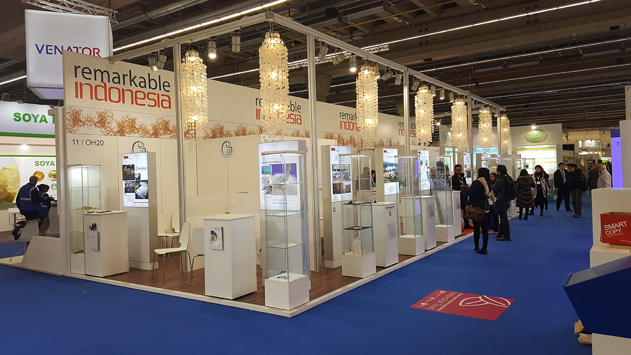 Messestand System mit Doppelboden Laminat - Messe Basel