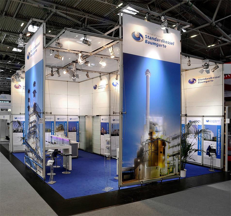 Messebau System: Messestand Pila Grafiksegel mit Teppichboden Düsseldorf