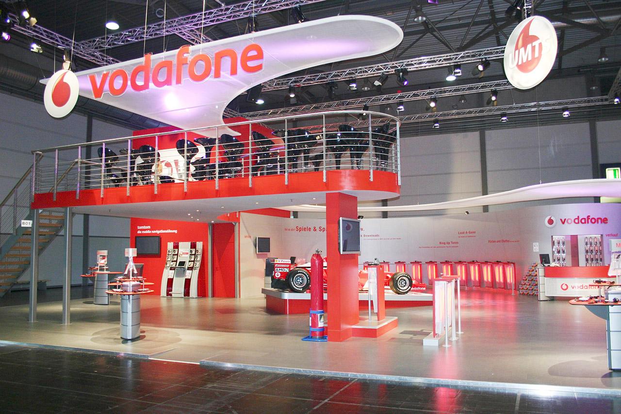 Messestand Vodafone, individuell mit Doppelstock - Messebau Berlin